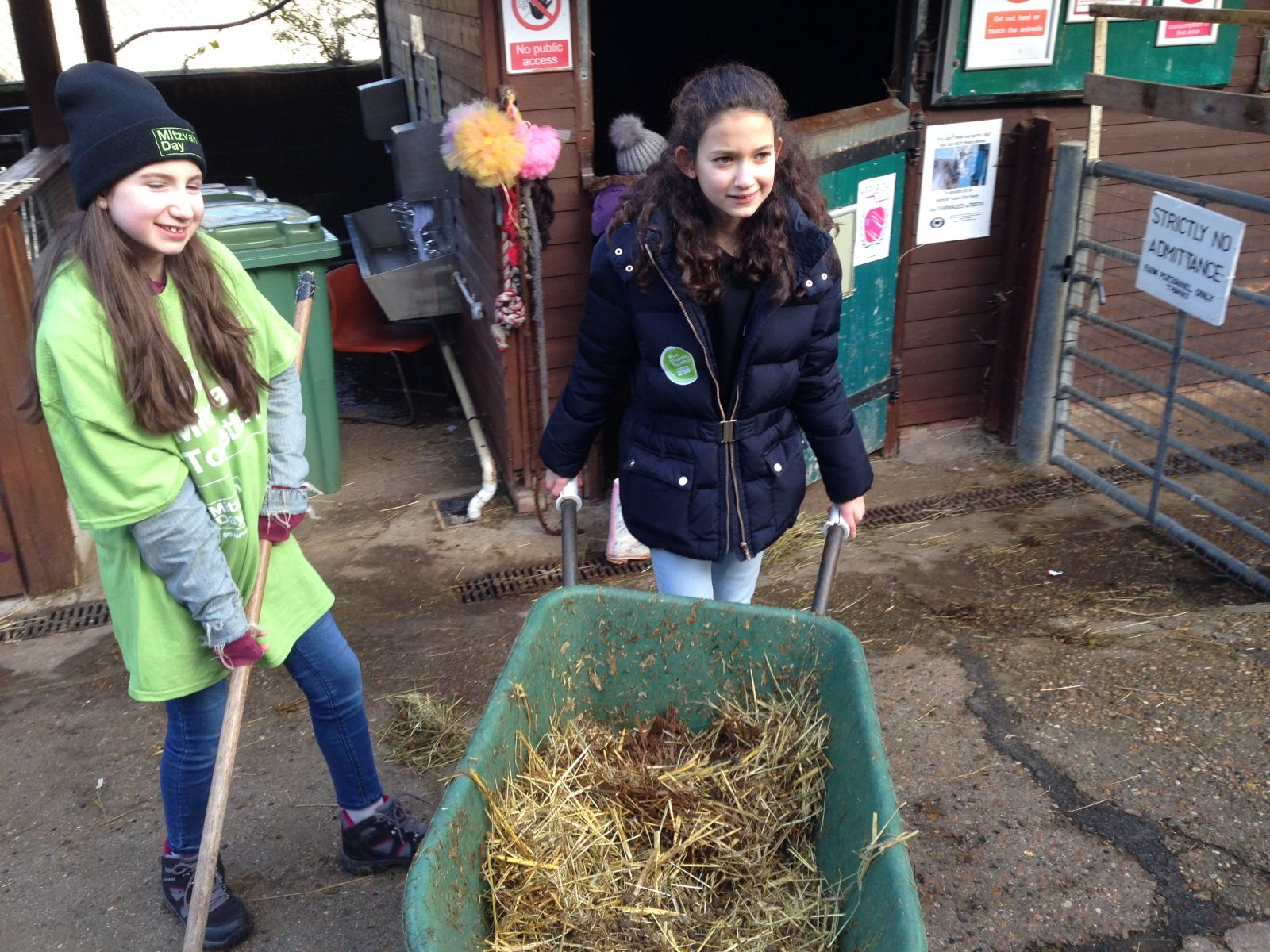 Habonim Dror Jewish youth and Ba'hai youth much out Kentish Town Farm