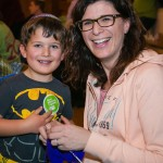 Mum and son knitting at Stanmore and Canons Park Synagogue - picture by Yakir Zur