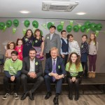 Oliver Dowden MP joins volunteers at Radlett United Synagogue - picture by Michelle Becker